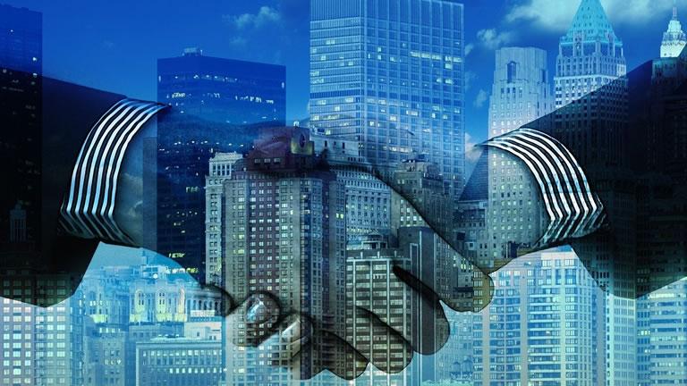 企業人脈を作れる